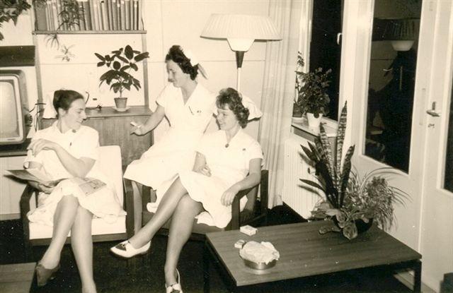 Femmie_Dekker_kraamafd. ong.1961