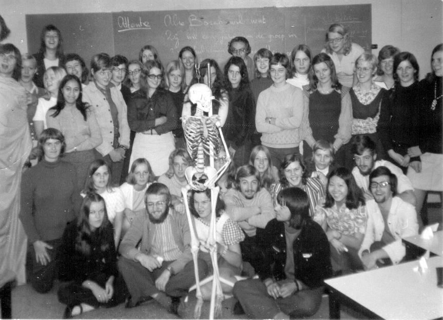 01 Marian van Gemert-de Reus Feb 1972 Foto van de groep van 1972